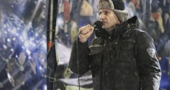 Vitali Klitschko speaks at a rally