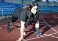 15 წლის გოგონა ფეხის მოჭრას ითხოვს