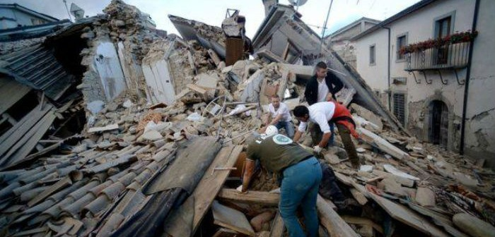 იტალიაში მიწისძვრის შედეგად დაღუპულთა რაოდენობა 14-მდე გაიზარდა (ფოტოკოლაჟი)
