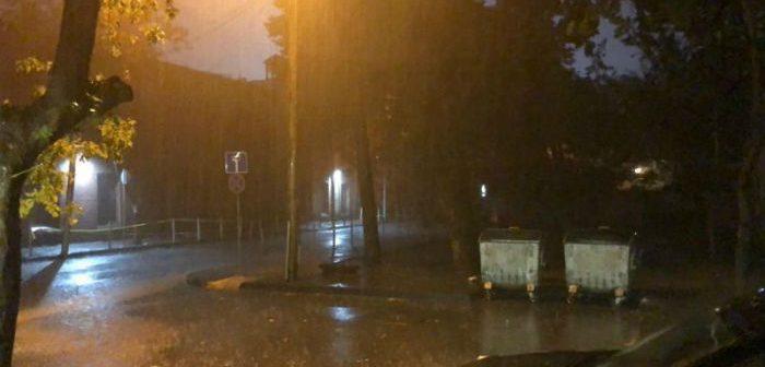 თბილისში, ძლიერი წვიმის გამო, საგანგებო სიტუაციების სამსახურში 36 გამოძახება დაფიქსირდა
